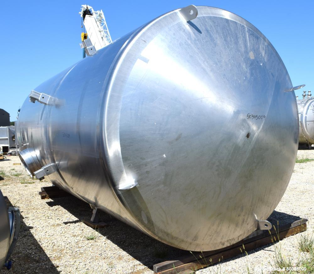 """Used- Pulse Jet Dust Collector, Approximate 1100 Square Feet, Stainless Steel. Housing approximate 102"""" diameter x 110"""" stra..."""