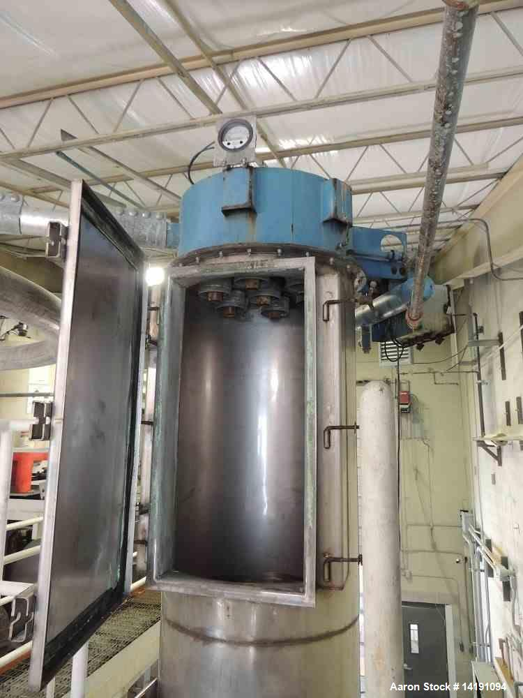 Used- Donaldson Torit Downflow Evolution Dust Collector. Model DFE3-12