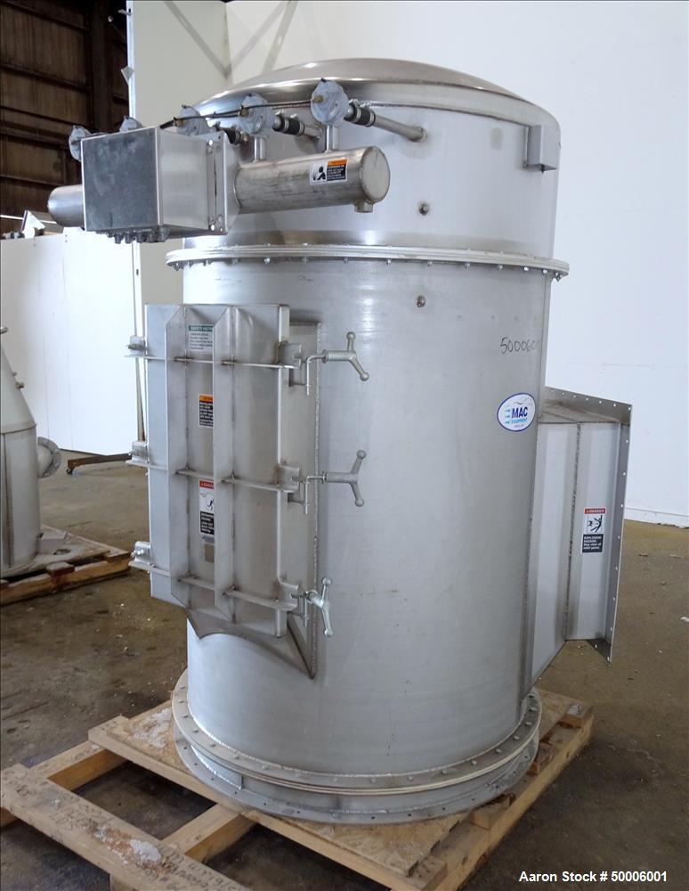 Used- MAC Equipment Cartridge Type Filter, Model 39AVRC21, 304 Stainless Steel.