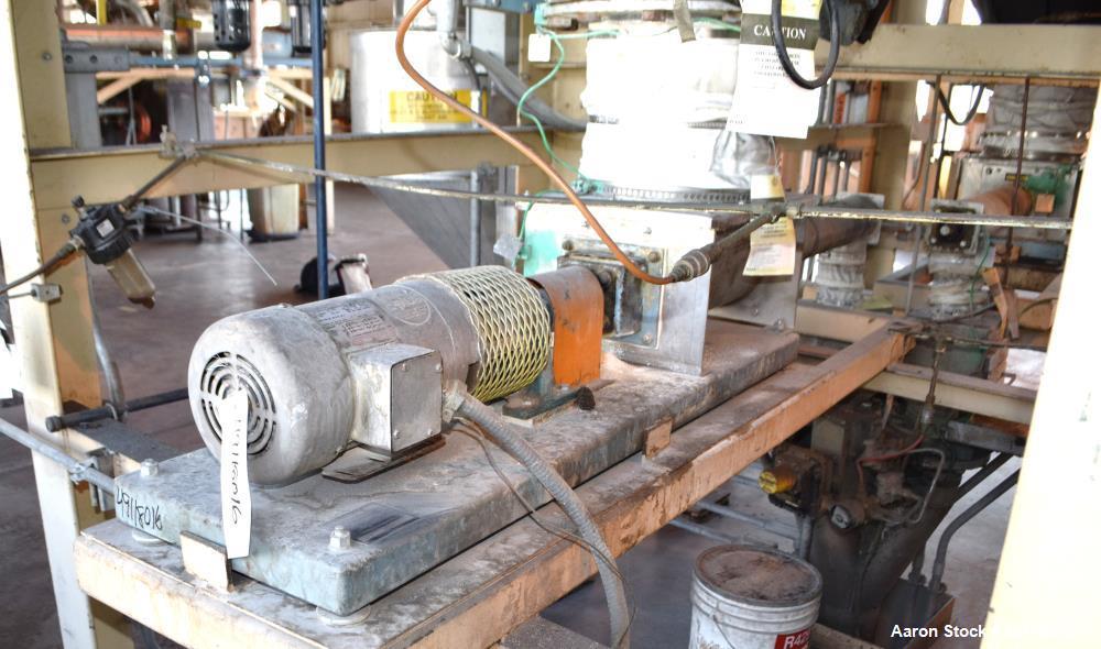 Used- MetalFab Volumetric Screw Feeder, Model DB1-4