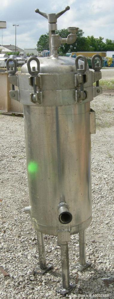 Used: Memtec filter, model 54MS03C-316L-27CD-C150, stainless steel. Rated 150 psi at 200 deg.f..