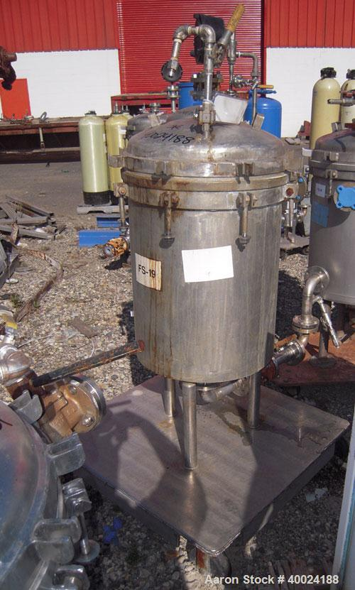 Used- Sparkler Filter Horizontal Plate Filter, Model 18-D-12, Hastelloy SB333. 11.27 square feet filter area, 1.35 cubic fee...