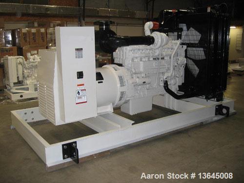 Unused-NEW Cummins powered 600 kW standby diesel generator set. Cummins QSK19-G3 EPA tier 2 engine rated 897 HP @ 1800 RPM. ...