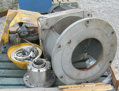 Used- Dedietrich/Lightnin Agitator, Model 63Q12, Flowserve seal, ratio 17 to 1, output 100 rpm. Driven by a 3.3/20 hp, 3/10-...