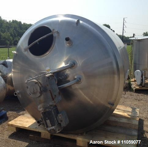 Used- 1000 Gallon APV Jacketed Processor,  Model B. Has Sweep type mixer with adjustable 316SS Scrappers and stationary baff...