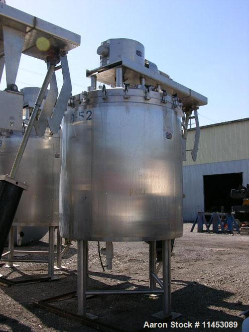 "Used-825 Gallon Lee Industries Double Motion Vacuum Kettle, Model 825D9MT. 316 stainless steel construction, 68"" diameter x ..."