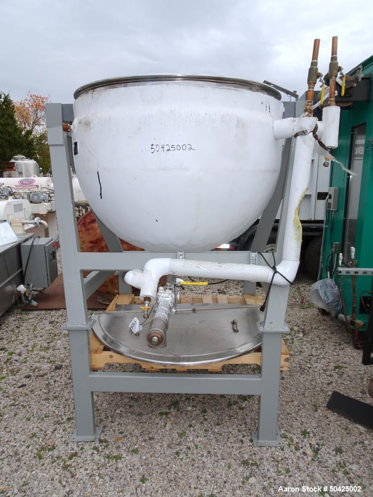Used-Lee Metal Products Kettle, 200 Gallon, Stianless steel. Jacket rated 40 psi @ 288 deg F.  S/n 569T, Yr. 1969.