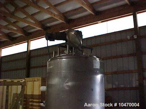 Used-700 Gallon Stainless Steel Processor. 15 psi jacket on sides (2 zones) and cone bottom. Bottom and side scrape agitatio...