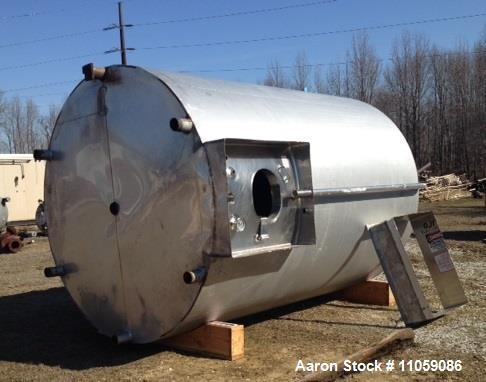 """Used- Walker 5000 Gallon Sanitary Jacketed Mix Tank/Silo. Sweep mixer driven by hydraulic drive. 8' 6"""" ID x 12' T/T. Dish to..."""