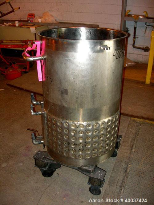 "Used- Walker Kettle, 55 gallon, 304L stainless steel, vertical. 23"" diameter x 36"" straight side, open top, no cover, sloped..."