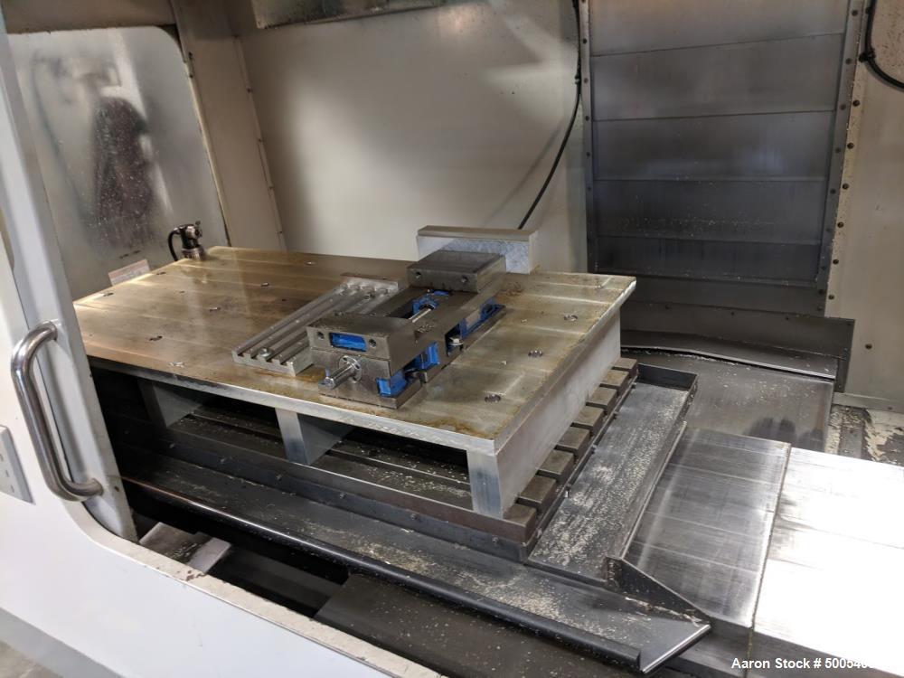 Used-HAAS MODEL vf-5/50 Vertical CNC Milling Machine