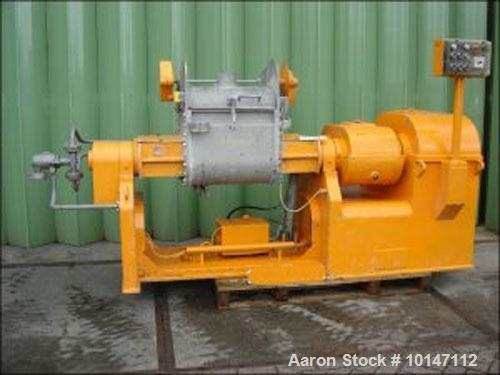 Used-AMK Type II U-110 Z-Blade Mixer, stainless steel construction.  Maximum capacity 29 gallons (110 liters).  Trough size ...