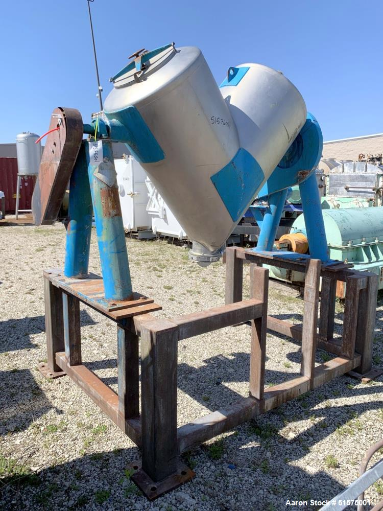 Used- Patterson Kelley 20 Cubic Foot Twin Shell Dry Blender