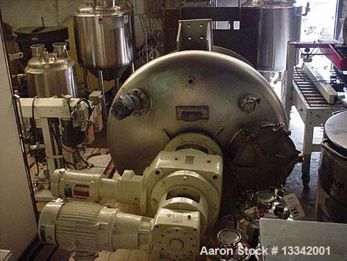 """Used-Charles Ross & Son 10 Cubic Foot, 316 Stainless Steel, Nauta Mixer. Model V7, year 1998.304 stainless steel jacket. 50""""..."""