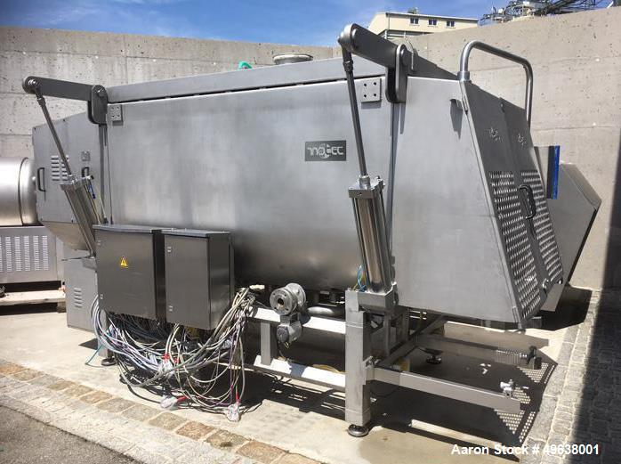 Used- Inotec Double Paddle Vacuum Mixer, Type IM3000V. Stainless steel construction. Working capacity 105.9 cubic feet (3000...