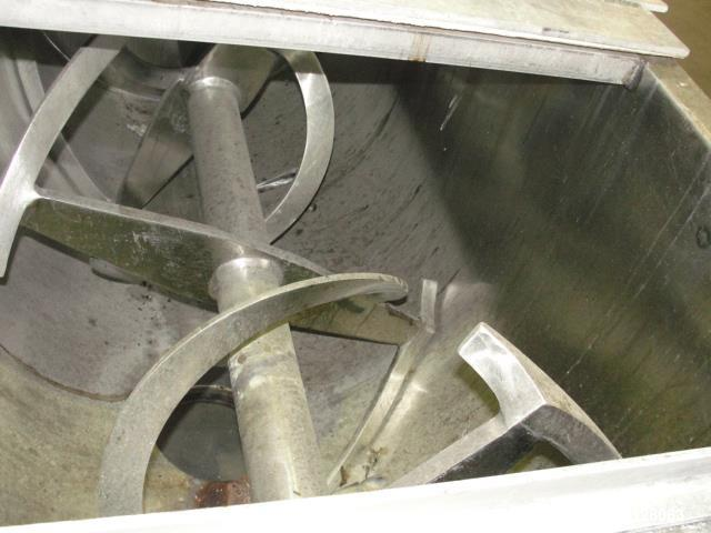 Used- 30 Cubic Foot Total Capacity Stainless Steel Ribbon Mixer