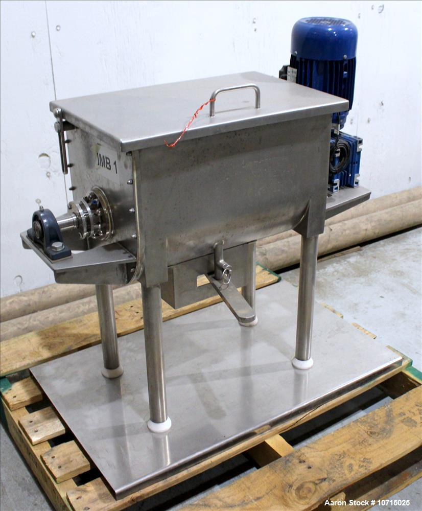 Paul O Abbe 1 Cubic Foot Ribbon Blender.