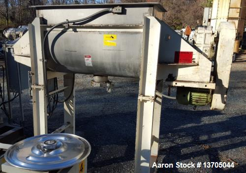Used- Aaron Double Ribbon Blender. Stainless steel, 14 cubic foot working capacity. Double ribbon blender, stainless steel c...