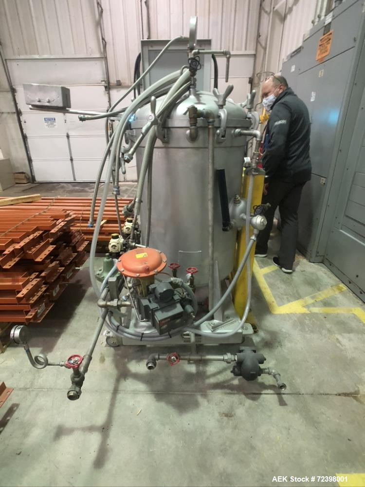 Used- Viking Masek Model ES400 Vertical Form Fill Seal with Image Auger Filler. Capable of speeds up to 60 bags per minute. ...