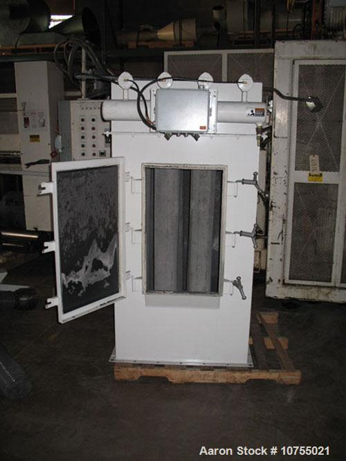 Used-Pelletron Model P10 Mid Series Deduster System. 1000 lbs per hour maximum throughput, stainless steel construction, mou...
