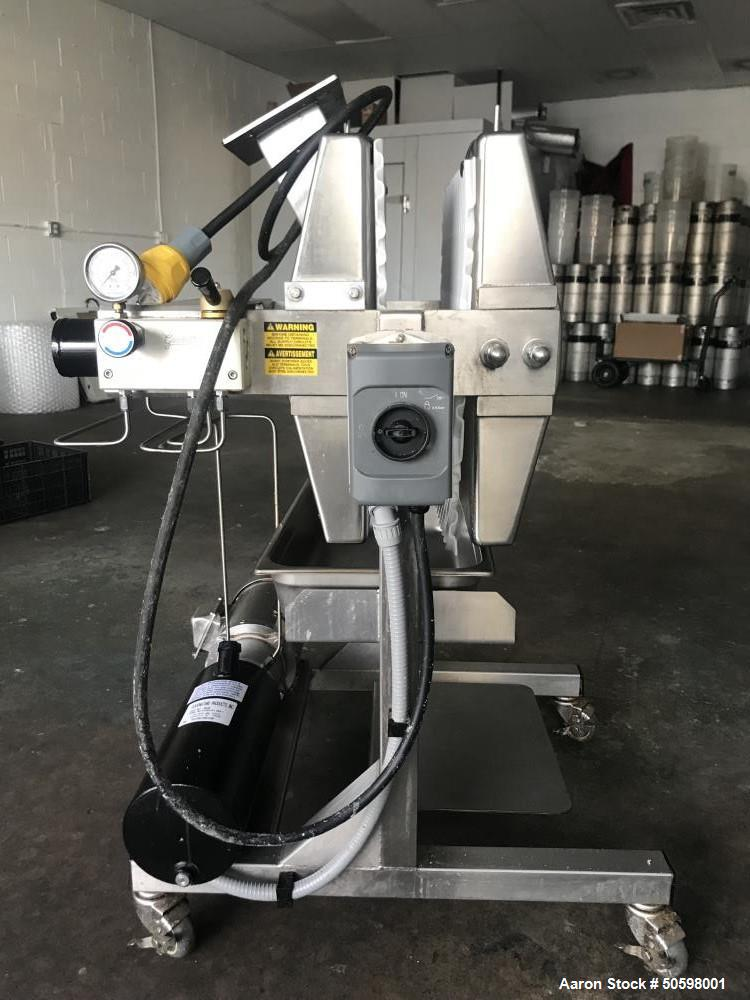Used- Good Nature Commercial Cold-Press Juicer