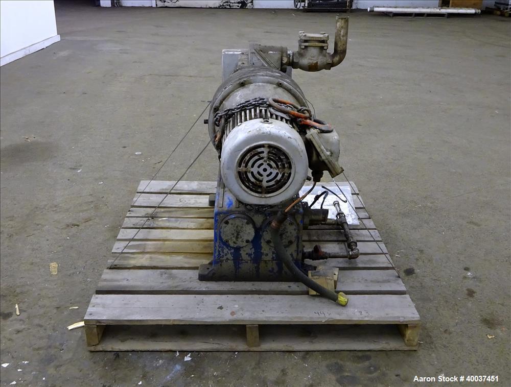 Used- Carbon Steel Rietschle Oil Seal Vacuum Pump, Type VL-100-(03)
