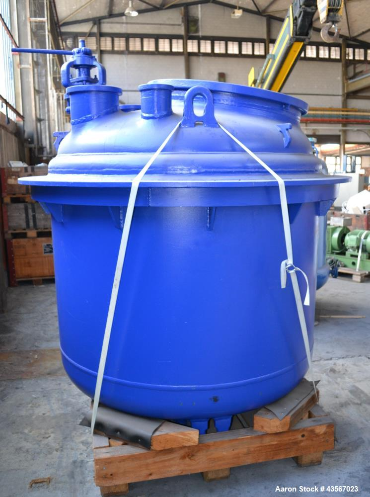 "Used- De Dietrich Glass Lined Reactor, 2030 Liter (536.43 Gallon), 3009 Blue Glass, Vertical. Approximately 54"" diameter x 4..."