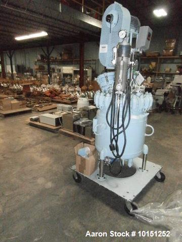 Used- Pfaudler, Glass Lined Reactor Vessel (Approximately 30 Gallon). Rated 150 psi/full vacuum at 450f internal maximum wor...