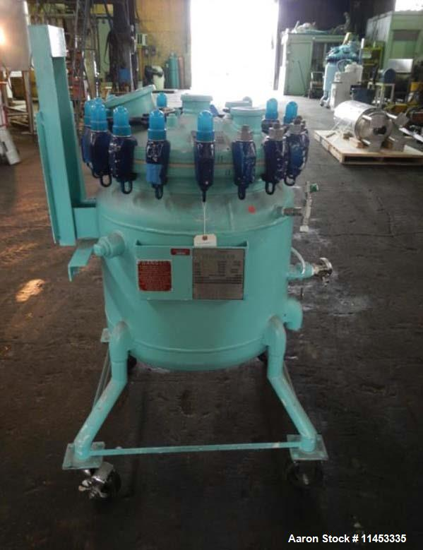 Used- 30 gallon Pfaudler Glass Lined Reactor Body. Rated 150 psi and full vacuum at 450 f internal, jacketed for 115 psi at ...