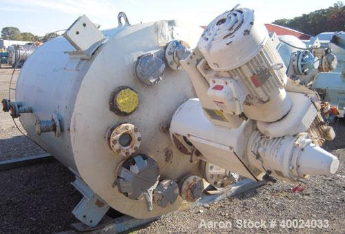 Used- Pfaudler K Series Glass Lined Reactor, 1000 gallon, 9129 white glass with calibration lines. Approximately 5' diameter...