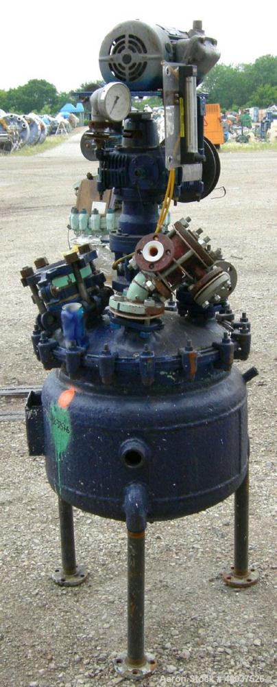 """Used- Pfaudler Glass Lined Clamp Top Reactor, 10 Gallon, 3315 Glass, Vertical. Approximately 16"""" diameter x 16"""" straight sid..."""