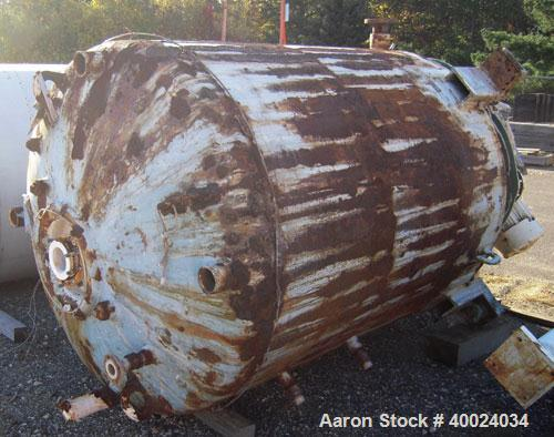 Used- Pfaudler Glass Lined Reactor, 1000 gallon, 5025 white glass with calibration lines. Approximately 5' diameter x 6' str...