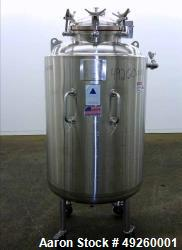 https://www.aaronequipment.com/Images/ItemImages/Reactors/Stainless-Steel-0-499-Gallon/medium/Precision-Stainless-500-Liter_49260001_aa.jpg
