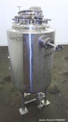 https://www.aaronequipment.com/Images/ItemImages/Reactors/Stainless-Steel-0-499-Gallon/medium/Pureflo_43855002_a.jpg