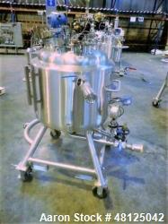 https://www.aaronequipment.com/Images/ItemImages/Reactors/Stainless-Steel-0-499-Gallon/medium/Pureflo_48125042_aa.jpg