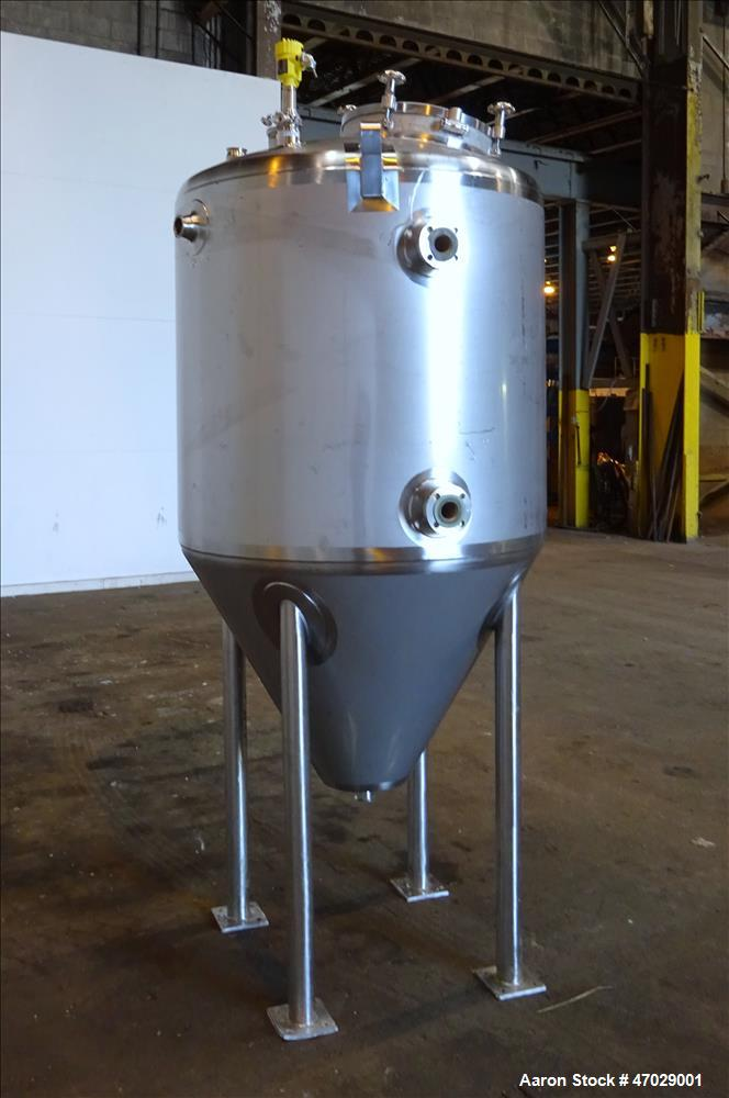 Used- DCI Reactor, Approximate 200 Gallon, 304 Stainless Steel, Vertical.