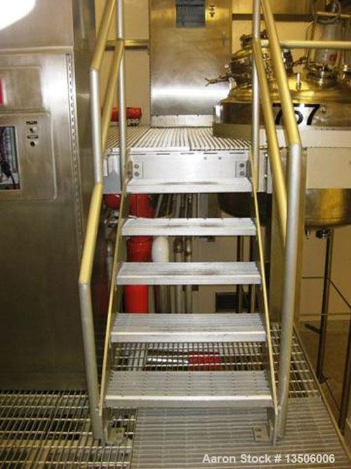 Used-Precision Stainless 270 gallon, 316L, WFI/reactor tank.  Domed top, dished bottom. Interior shell dimensions 5' diamete...
