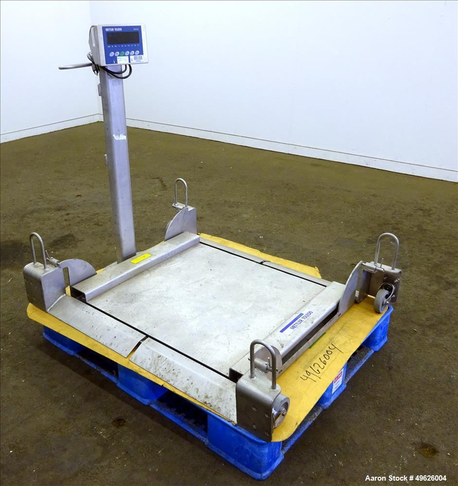 Used Mettler Toledo Floor Scale Model 2888 304