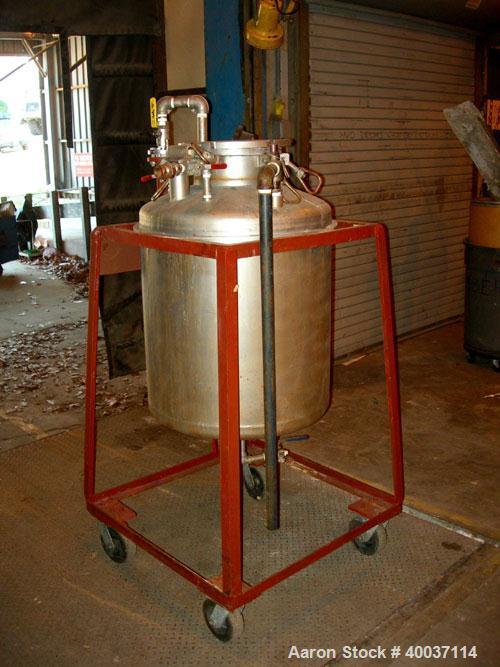 """Used-Used: O.G. Kelley Co. Pressure Tank, 55 gallon, stainless steel, vertical. 24"""" diameter x 27"""" straight side, dished top..."""