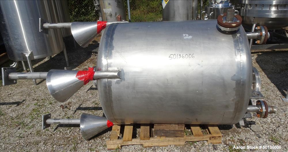 Used- Four Corp. Pressure Tank, Approximate 250 Gallon, 316L Stainless Steel, Ve