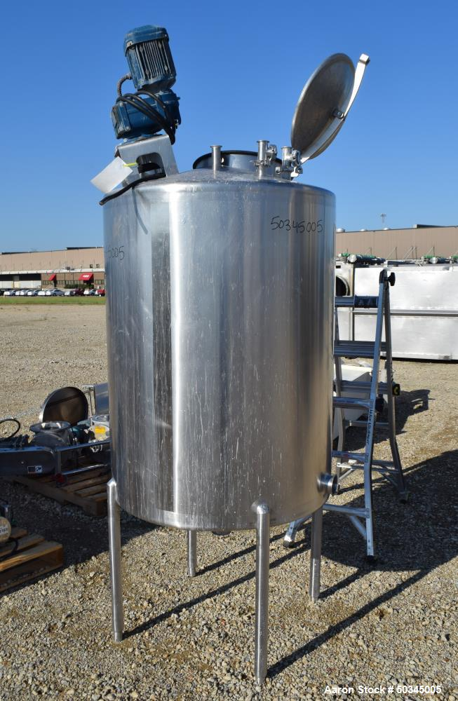 Used- Tank, 200 Gallon, Stainless Steel, Vertical.