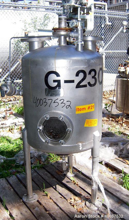 """Used- Acme Industrial Pressure Tank, 50 gallon, stainless steel, vertical. 24"""" diameter x 24"""" straight side, dished top and ..."""