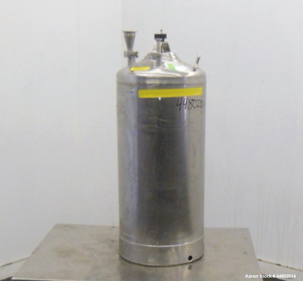 Used- 8 Gallon Stainless Steel Alloy Products Pressure Tank