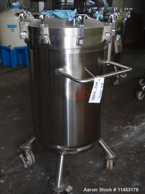 """Used-Feldmeier 70 Gallon Receiver. Stainless steel construction, 24"""" diameter x 33"""" straight side, removable dish top, dish ..."""