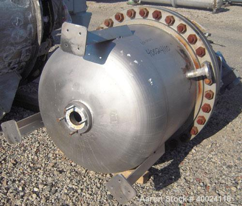 """Used- Four Corp Pressure Tank, 150 gallon, 316L stainless steel, vertical. 36"""" diameter x 30"""" straight side, 2:1 elliptical ..."""
