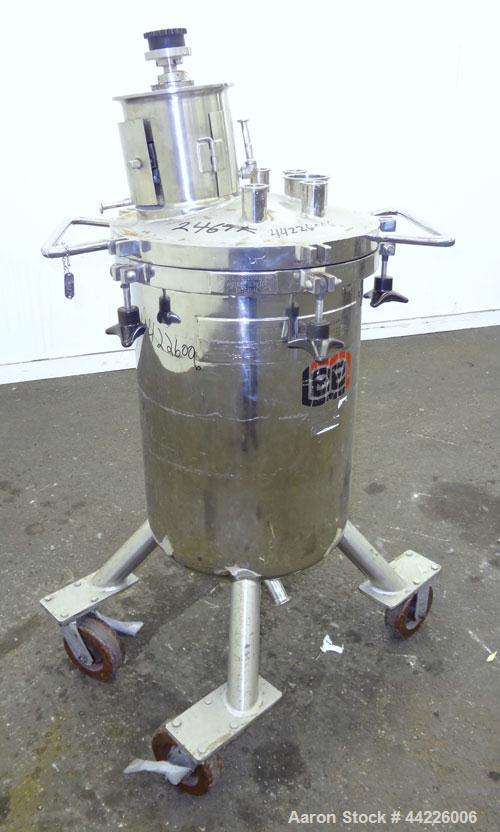 Used- Lee Industries Stainless Steel Pressure Tank, 26.4 Gallon, Model 100LCBT
