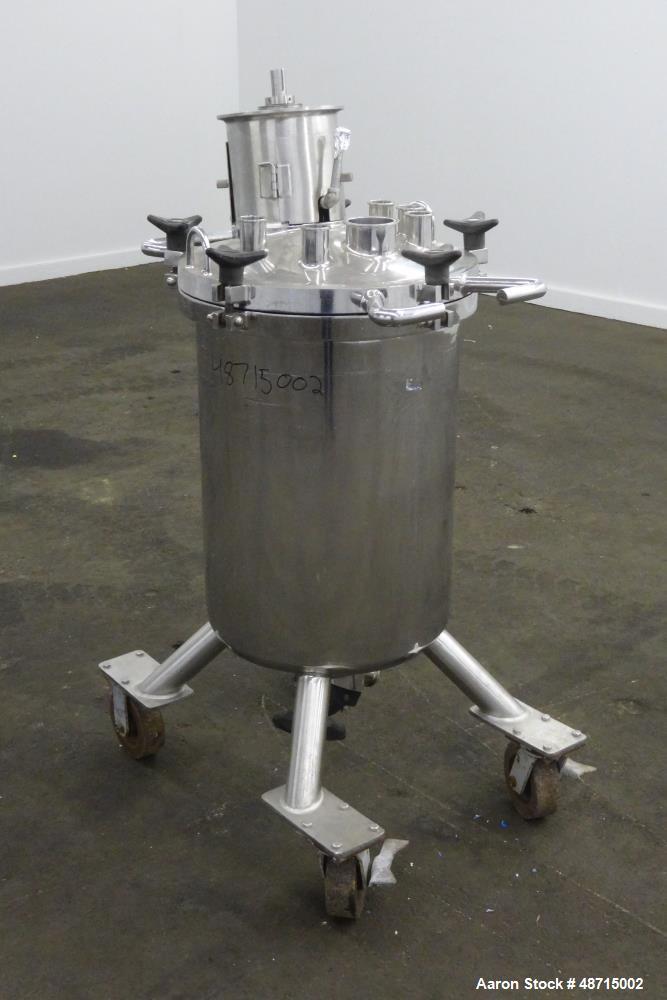 Used- Lee Industries Pressure Tank, 100 Liter (26.4 gallons), Model 100LCBT