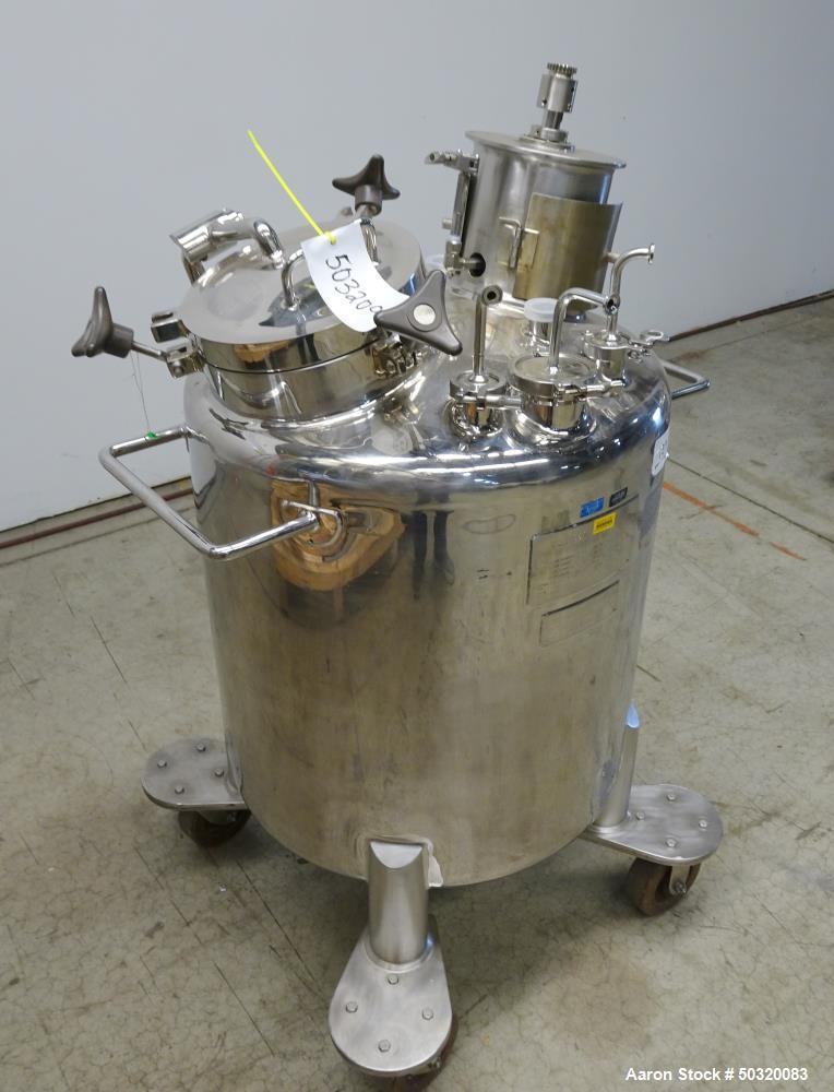 Used- Lee Industries Pressure Mix Tank, 200 Liter, Model 200 LDBT