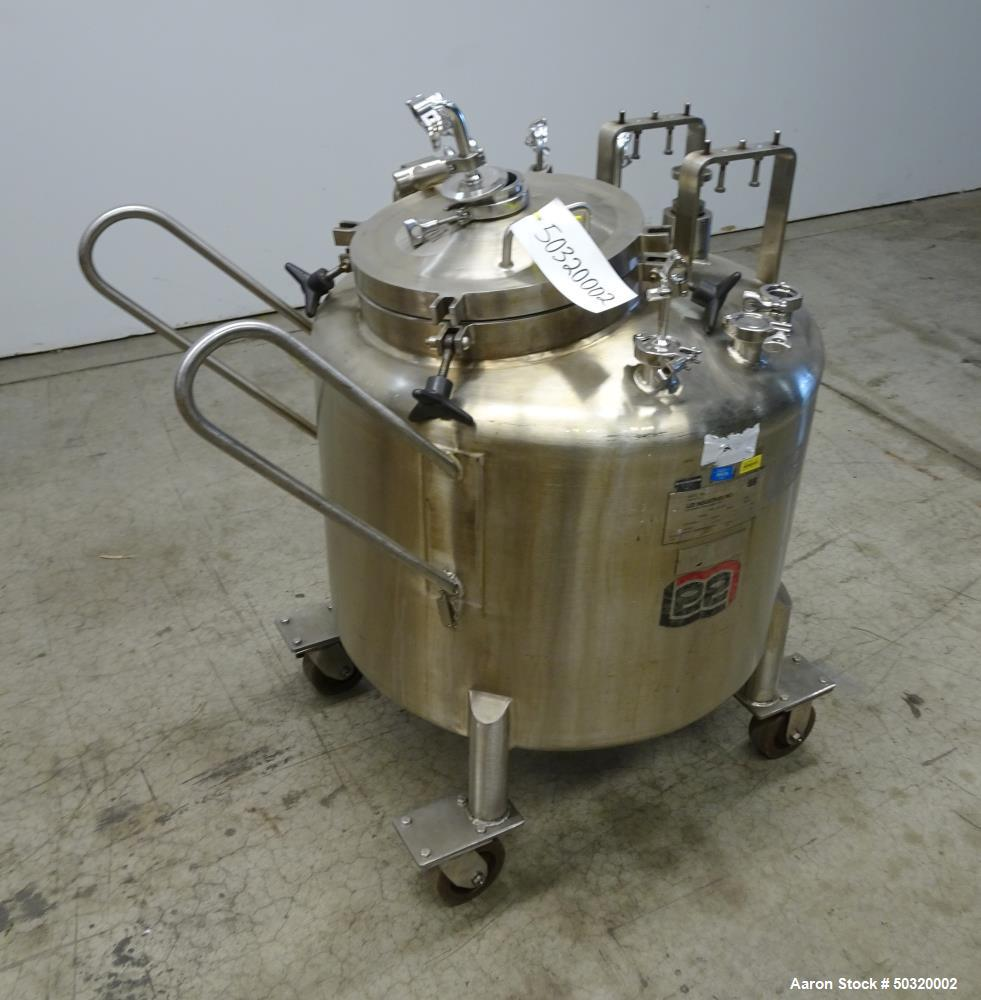 Used- Lee Industries Pressure Mix Tank, 250 Liter, Model 250 LDBT