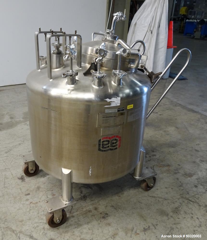 Used- Lee Industries Pressure Mix Tank, 250 Liter, Model 250 LDBT,
